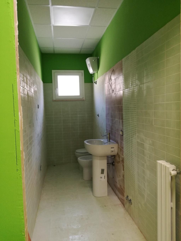 casa-a-colori-interno-1-piano-bagni - a.g.o.p. onlus