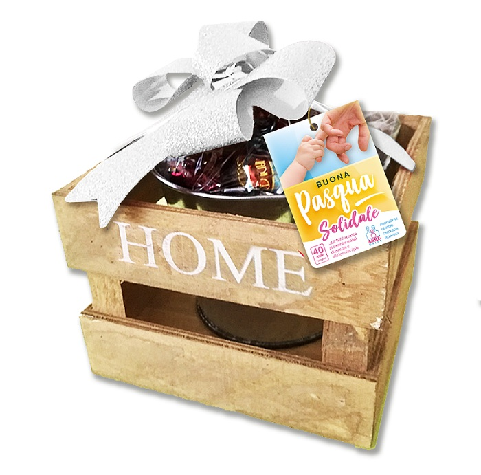 cassetta di legno con cioccolatini home misti